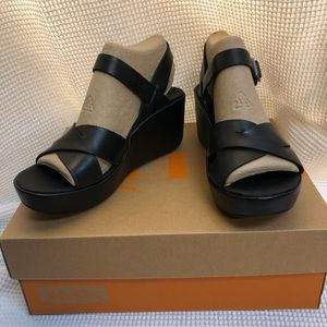 NEW Korks Denica Sandal by Kork-Ease